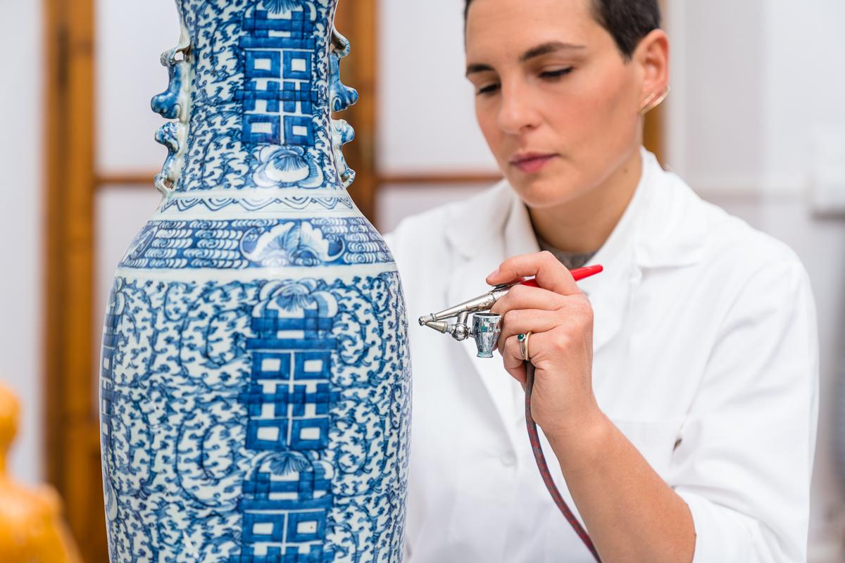Arti Plastiche Studio di Restauro-Joyce Terreni- porcellana-restauro maiolica-restauro gesso-aerografo-restauro pittorico-08