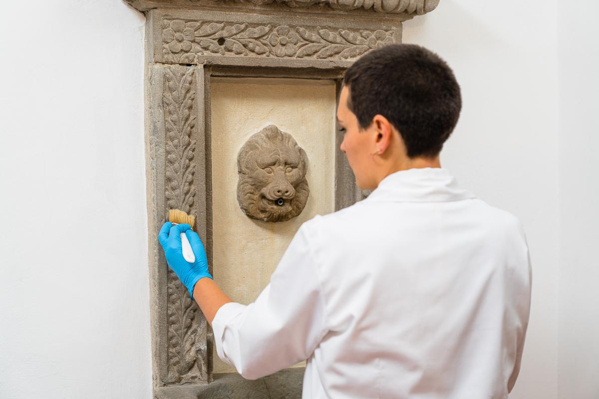 Arti Plastiche Studio di Restauro-Joyce Terreni-studio di restauro-Firenze-restauro sculture-restauro ceramica-restauro marmo-15