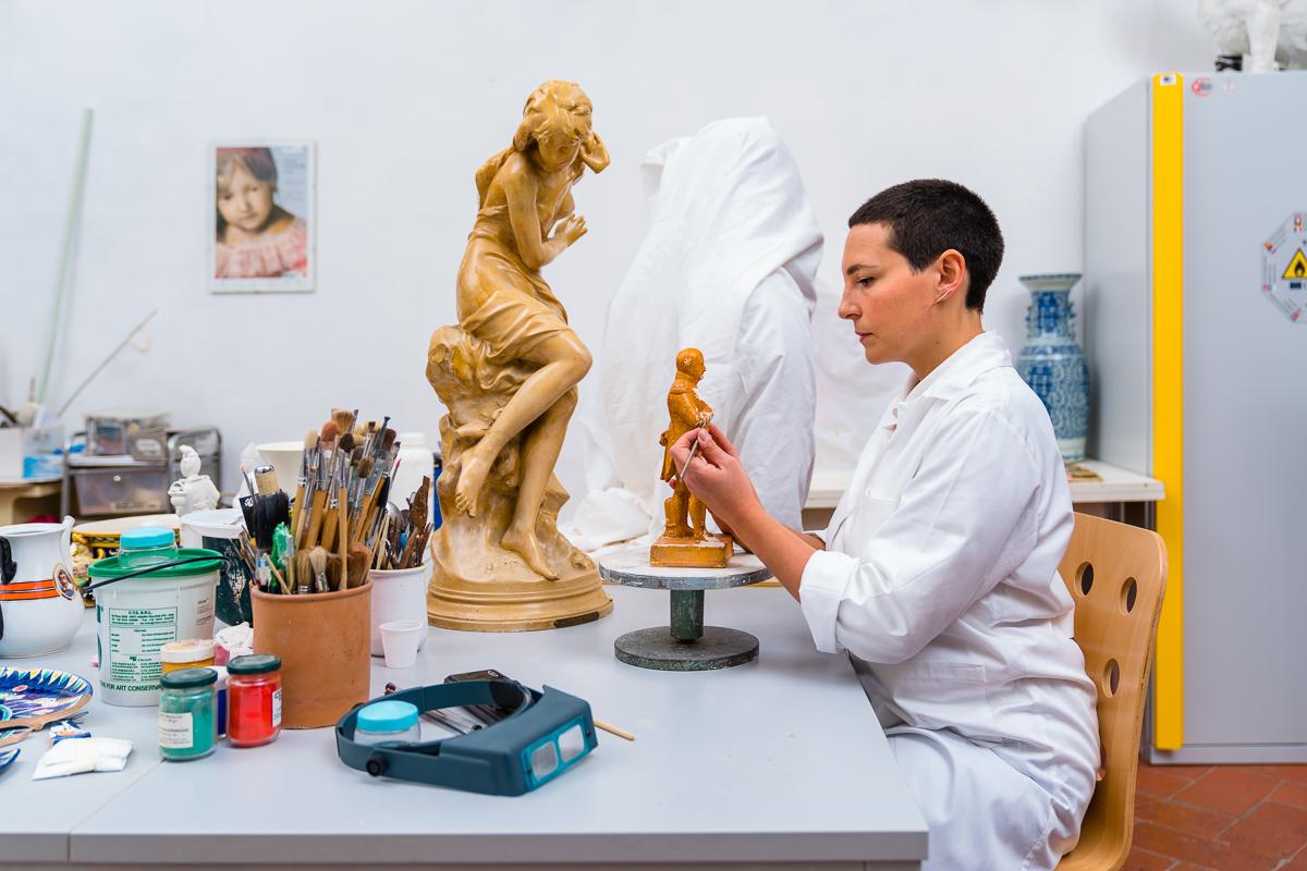 Arti Plastiche Studio di Restauro-Joyce Terreni-tudio di restauro-Firenze-restauro sculture-restauro ceramica-restauro marmo- restauro vetro-restauro-03